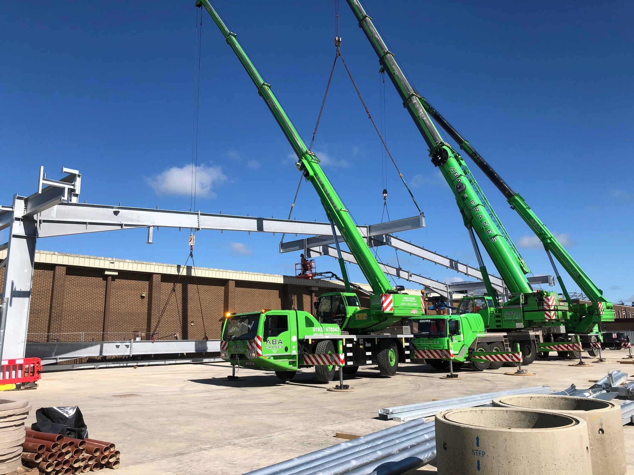 Lift off for New Building Extension at Barry Callebaut Chocolate Factory!